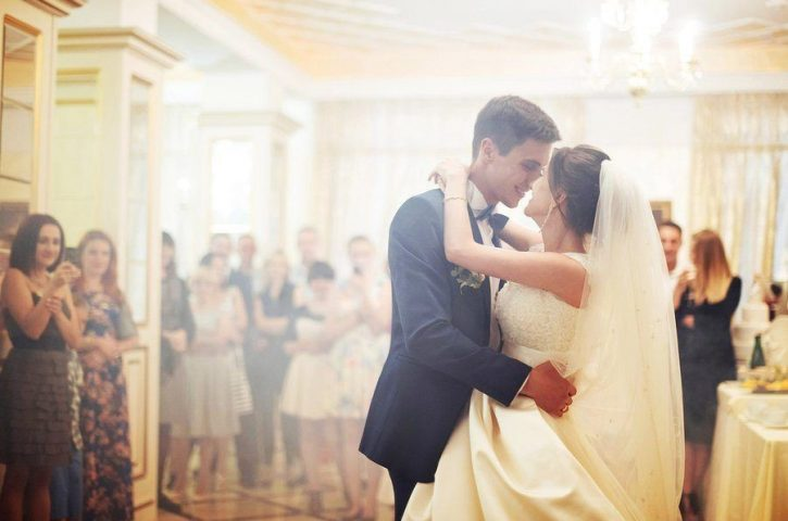Step by step instructions to Dance at a Wedding